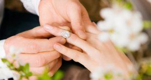 بالصور صور خواتم خطوبه , يا فرحتك يا عروسة وانتي بتنقي دبلتك 51 10 310x165