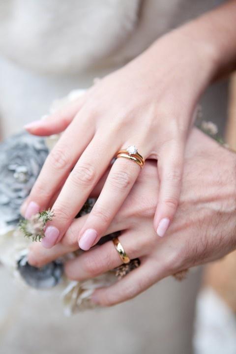 صوره صور دبل خطوبه , يا عروسة افرحي واختاري دبلتك