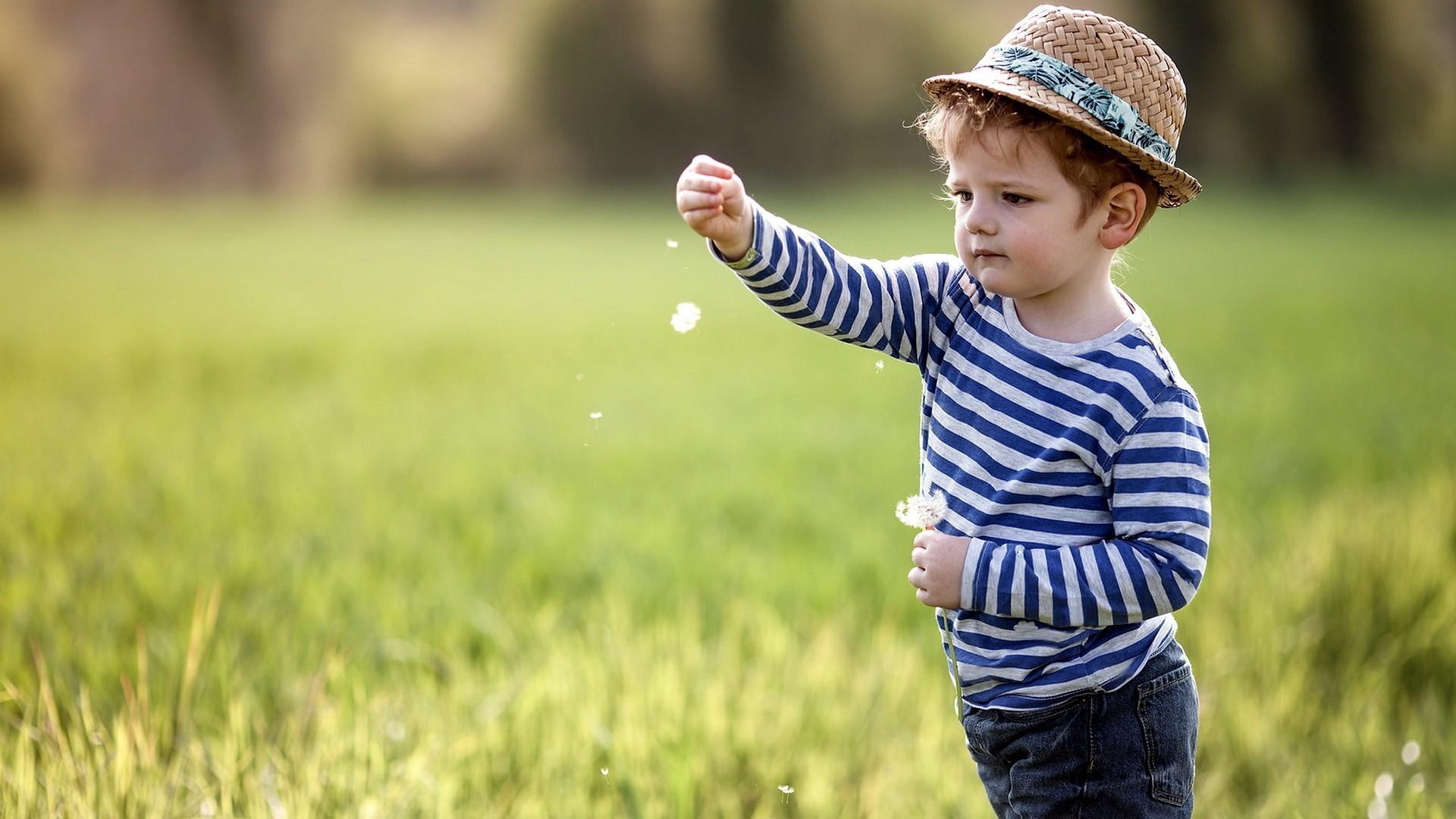 صوره صور اولاد صغار , اوعي الشقاوة والشقلباظات الي في اولادنا