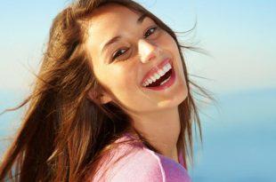 صوره صور بنات بتضحك , اضحكي يا رايقة خلينا نفرفش معاكي