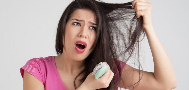 صوره اسباب تساقط الشعر بغزارة عند البنات , مشاكل سقوط شعر الفتاة