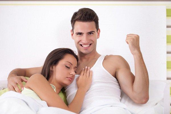 صورة مقالب زوجين في شهر العسل تفطس من الضحك , اتعلمي المداعبه مع زوجك