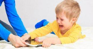 اسرار الطفل العنيد والعصبي بعمر الثلاث سنوات , طريقه تعاملك مع طفلك المتعند