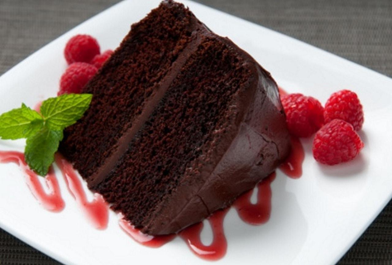 صورة طريقة تحضير الكيك بالشوكولاته , اسهل طرق تحضير كيكة الشوكولاتة