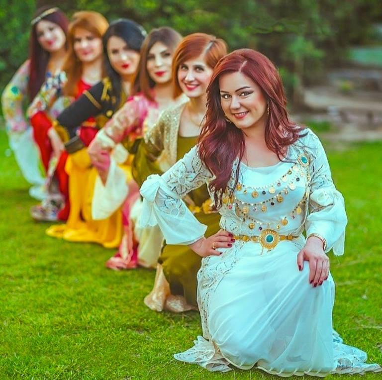 بالصور موديلات ملابس كردية 2019 , اجمل ازياء من كردستان العراق رائعة 550 9