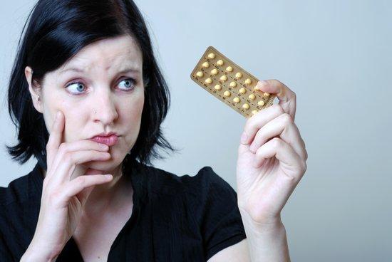 صوره هل يحدث حمل مع حبوب منع الحمل , اسباب تجعلك حامل مع الحبوب