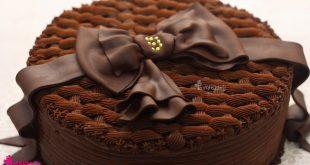 صوره طريقة تزيين كيكة الشوكولاته , اجمل افكار لتزيين الكيك بالشوكولاتة