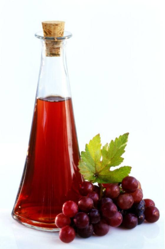 صورة فوائد خل العنب الاحمر , ماهي استخدامات و فوائد خل العنب الاحمر