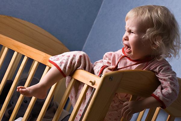 صوره طريقة تنويم الطفل العنيد , كيف تجعلي طفلك ينام سريعا