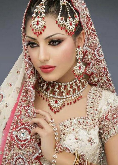 بالصور اجمل بنات في الهند , خلفيات فتيات هندية بالساري 1329 3