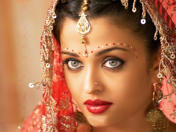 بالصور اجمل بنات في الهند , خلفيات فتيات هندية بالساري 1329 9