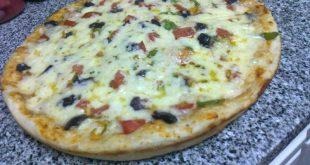 صوره عجينة بيتزا سهلة , تحضير البيتزا في المنزل