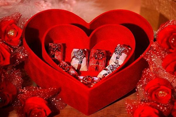 صوره هدايا عيد الحب للحبيب , هدايا مختارة للفلانتين