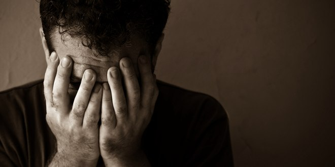 بالصور صور شاب حزين , خلفيات للشباب حزينة جدا 2916 2