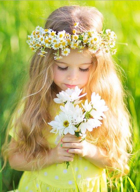 صورة صور خلفيات ورد , احلى خلفية بنات معاها زهور رائعة الجمال 3039 2