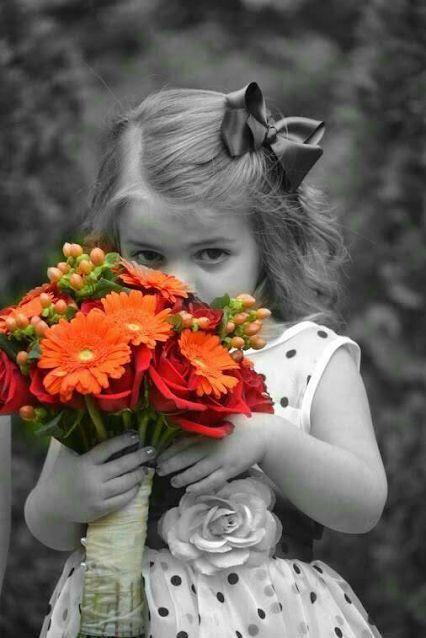 صورة صور خلفيات ورد , احلى خلفية بنات معاها زهور رائعة الجمال 3039 5