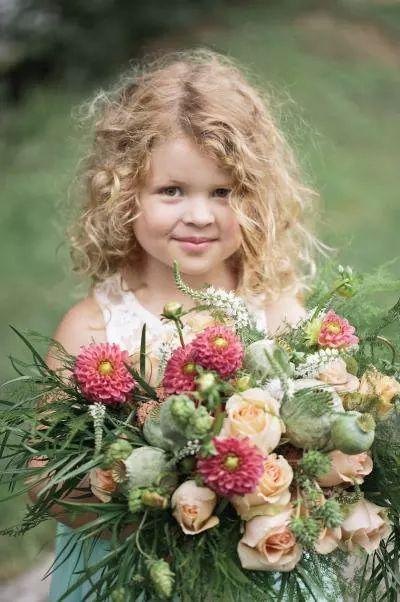 صورة صور خلفيات ورد , احلى خلفية بنات معاها زهور رائعة الجمال 3039 9