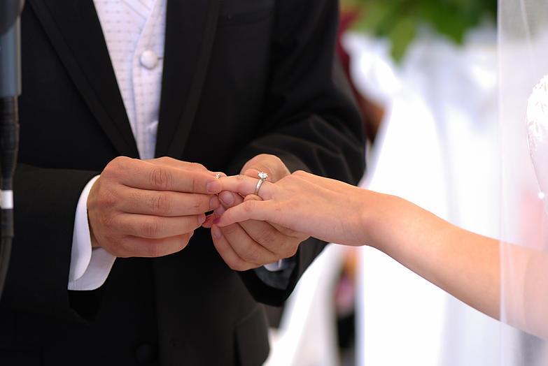 صورة الزواج في الحلم للمتزوجة , تفسير رؤية المراة متزوجة تتزوج