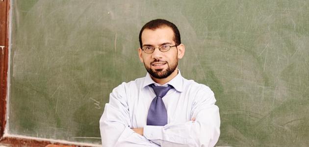 صوره شعر عن المدرس شعر عن المعلم , اجمل اشعار عن يوم المعلم
