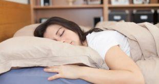 صوره اضرار النوم على البطن للبنات , خطوره النوم على البطن للنساء