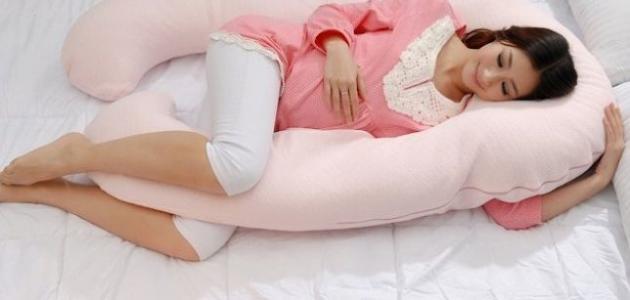 بالصور وضعيات النوم للحامل , ماهى الوضعيه الصحيحه لنوم الحامل 5874
