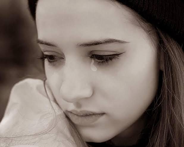 بالصور كلام عن دموع المراة , اجمل عبارات و جمل عن دموع المراة