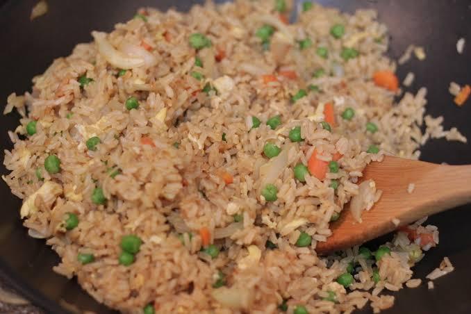 صور طريقة الرز البني , تعرفي علي اسهل طريقة لعمل الرز البني