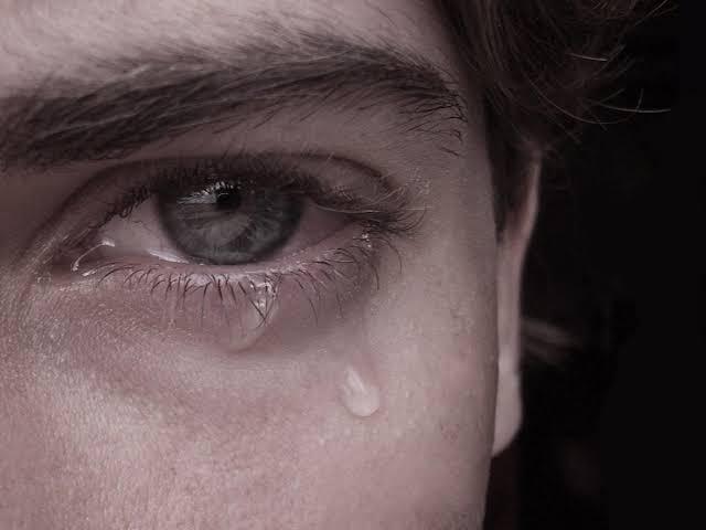 صورة بكاء في الحلم لابن سيرين , تعرف علي تفسير رؤية البكاء في المنام