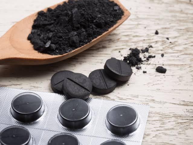 صور فوائد حبوب الفحم , تعرف علي اهم فوائد حبوب الفحم للبشرة