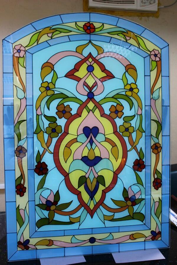 بالصور فن الرسم على الزجاج بالصور , تعرف علي طريقة الرسم علي الزجاج unnamed file 309