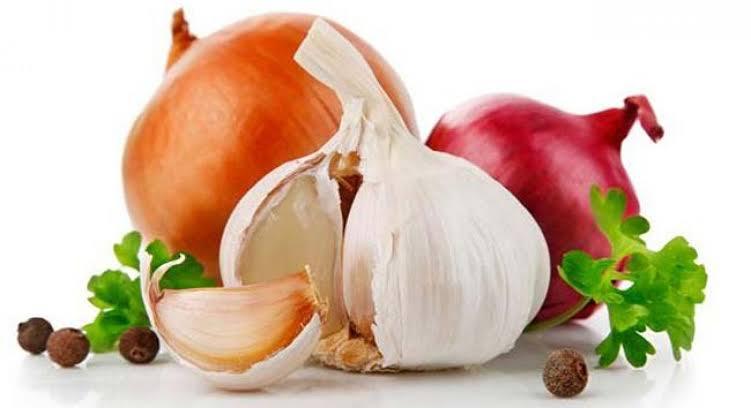 صورة يستخدم للتخلص من رائحة الثوم والبصل , التخلص من رائحة الثوم و البصل من الفم و الايد