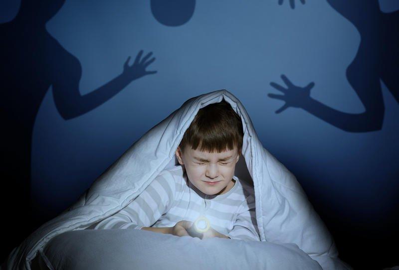 صورة علاج خوف الاطفال , كيفية تخطى مرحلة الخوف عند الاطفال 12350