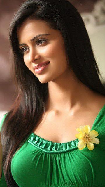 صورة صور هنديات جميلات , فنانات بوليوود بالصور