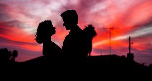 صورة كلام رومانسي بالصور , الرومانسية خارج نطاق الخدمة
